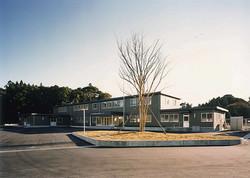 大分県特殊技能教育センター 管理教室棟外観