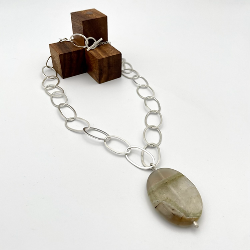 """Horizon"" Silver Necklace with Agate."