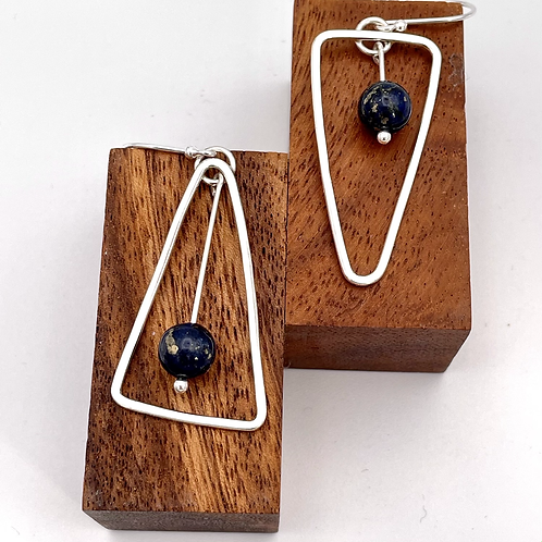"""""""See Saw"""" Silver Earrings with Lapis Lazuli."""