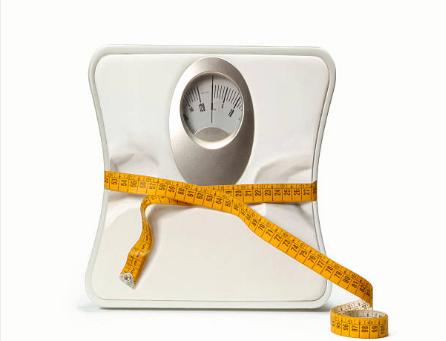 Pratiquer la self défense comme le krav maga ou les sports de combat pour perdre du poids.
