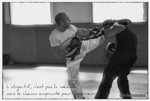 David masset coach de vie. Sophrologue et hypnothérapeute. Instructeur de kravmaga et self défense