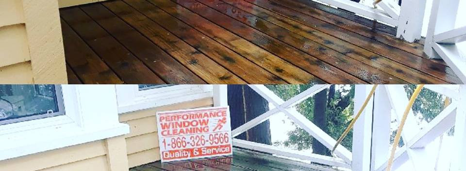 Deck-Cleaning-Before-and-After.jpg