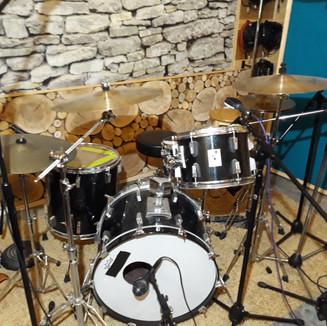 Sonor drum set.jpg