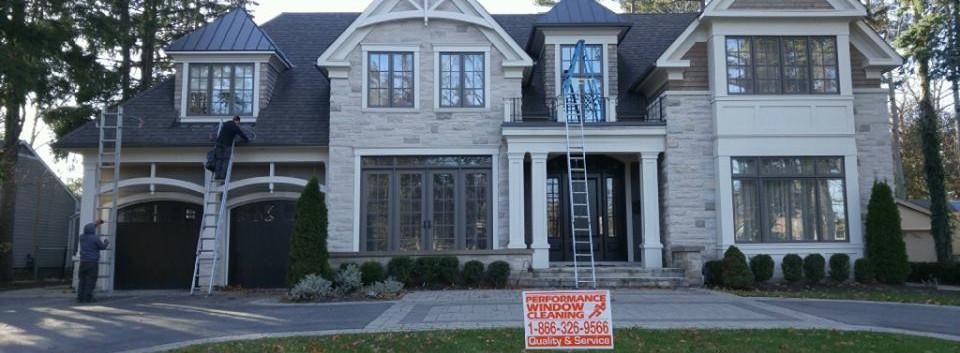 Window-Cleaning-Oakville-Ontario.jpg