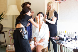 Bridal_bridesmaids_prep_fun_natural_wedding_photography_Rachel_Thornhill_Photographer