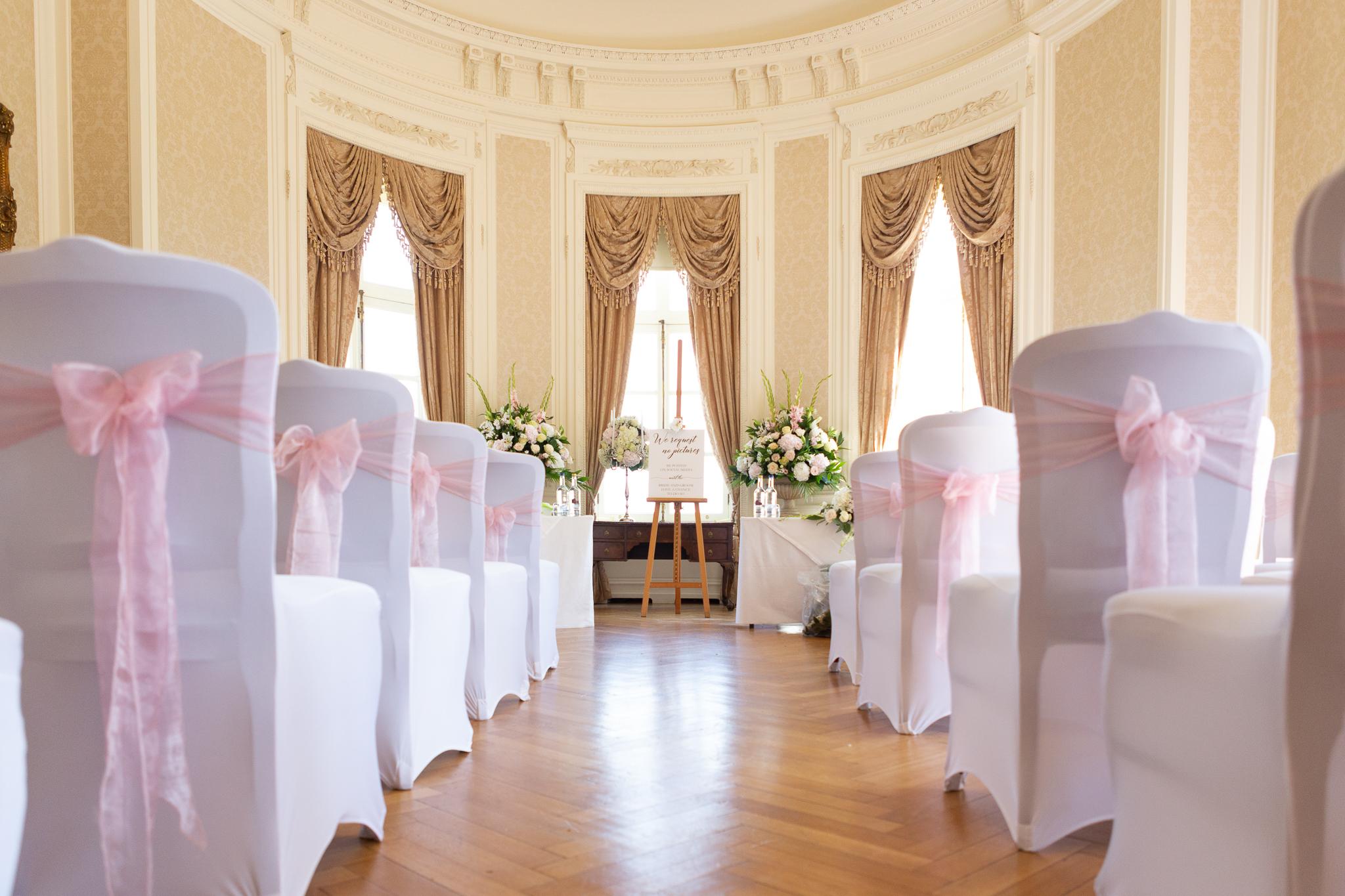 Luton_Hoo_Ceremony_natural_wedding_photography_Rachel_Thornhill_Photographer