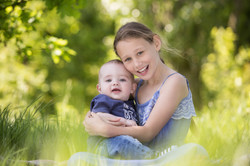 Rachel_Thornhill_Photography_Natural_Outdoor_Family_portrait_siblings_Surrey.jpg