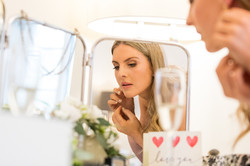 Bridal_Prep_Hampshire_natural_wedding_photography_Rachel_Thornhill_Photographer