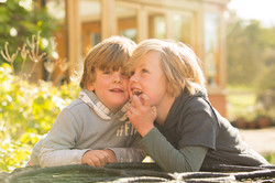 Rachel_Thornhill_Photography_Natural_Outdoor_Family_portrait_siblings_Reigate_Surrey.jpg
