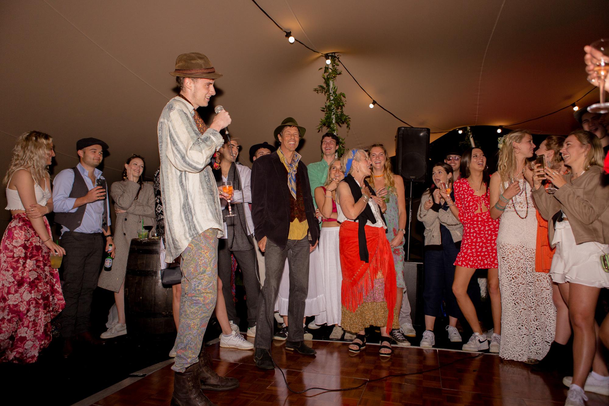 Speeches_Festival_Wedding_Inspo_wedding_photographer_Rachel_Thornhill_Photography