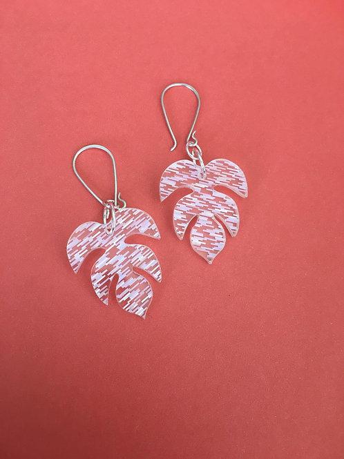 White line leaf earrings