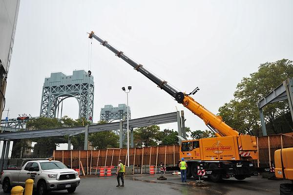 LTC 1055-3.1 Mobile crane