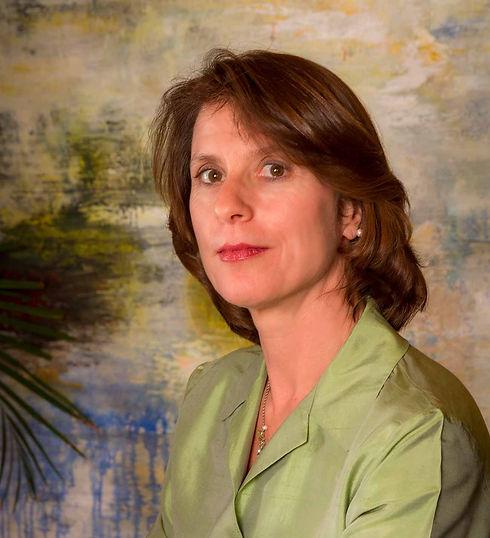 Michelle-portrait-1-1300.jpg