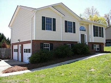 4740 Rockwell Pl Tobaccoville NC 27050