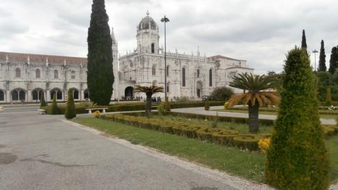 mosteiro jeronimos e jardim 016.JPG