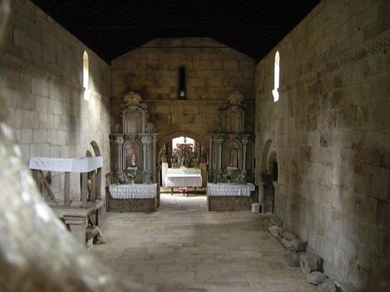 800px-monasterio_de_santa_maria_de_pite