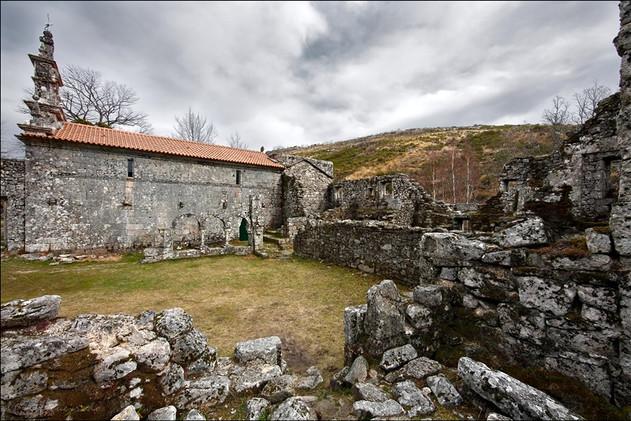 mosteiro-de-pitoes-das-junias-g-002-163