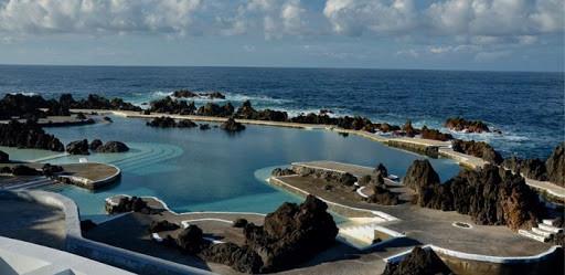 pool-by-the-seajpg