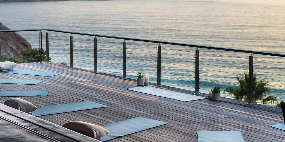 Sunset Yoga, Champagne & Canapés