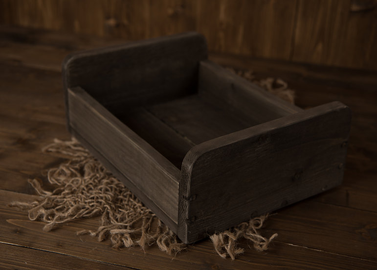 Shallow Crate Bed