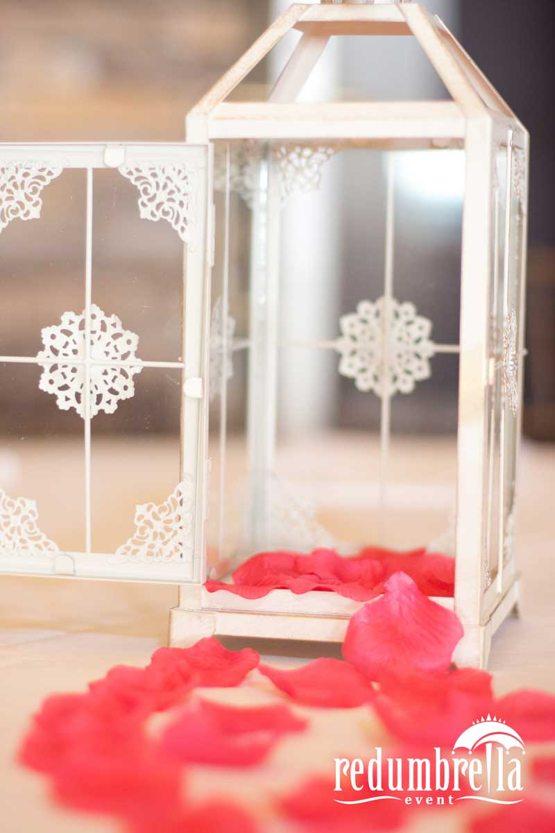 RUSTIC LANTERN WITH ROSE PETALS