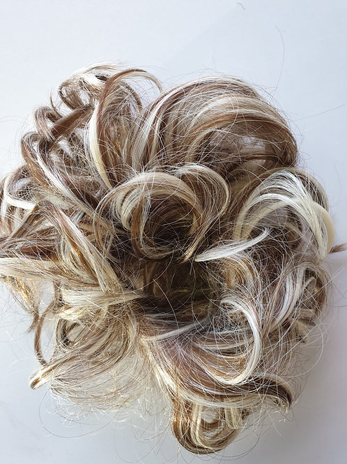 Wavy Bun Scrunchie Systhetic hair