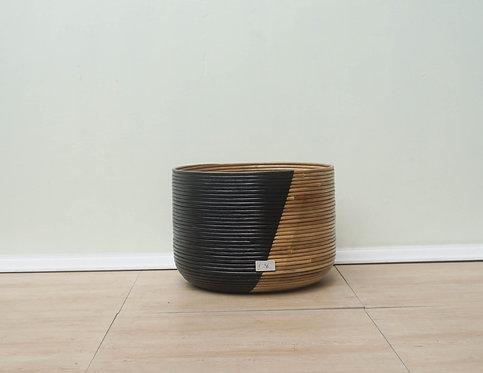 Medium Black Sinag Basket