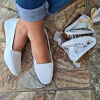 Cópia de Heloisa branca furadinha (2).jpg
