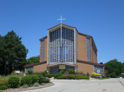 Exterior_of_Holy_Rosary_Church,_Guelph