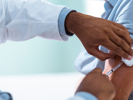 Should Employers Make the COVID-19 Vaccine Mandatory?