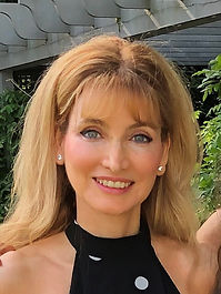 Dr Dahlia Tauber
