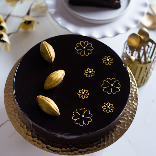 Double Chocolate Truffle with French Nougatine