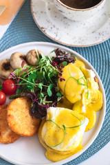 4. Eggs Blackstone-min.jpg