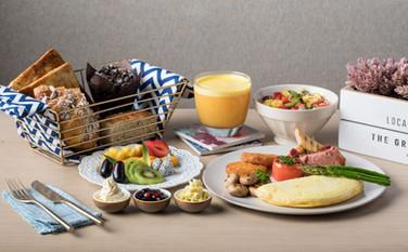 Full American Breakfast-min.jpg