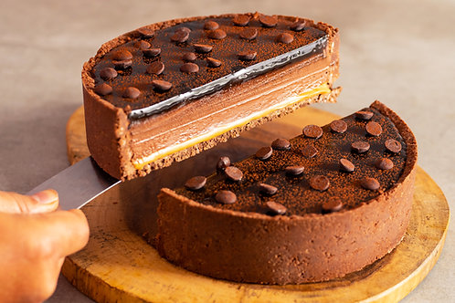 No-Bake Chocolate Cold Cheesecake