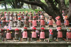 Opfergaben am Zōjō-ji Tempel