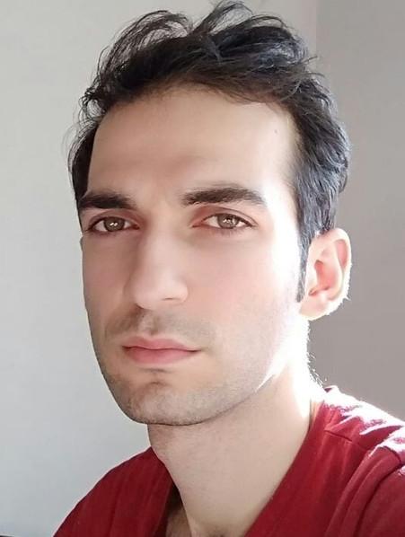 Aref Mohammadiyan-Photographer