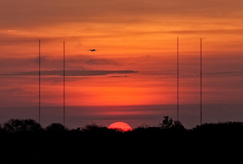 TWR.color.antennasunset.bonaire.jpg