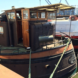 Houseboat Tante Piet History