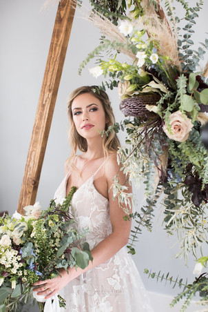 Jordyn Vixie Photography, Hair by Absolute Bliss Salon, Florals by Elaine Taylor
