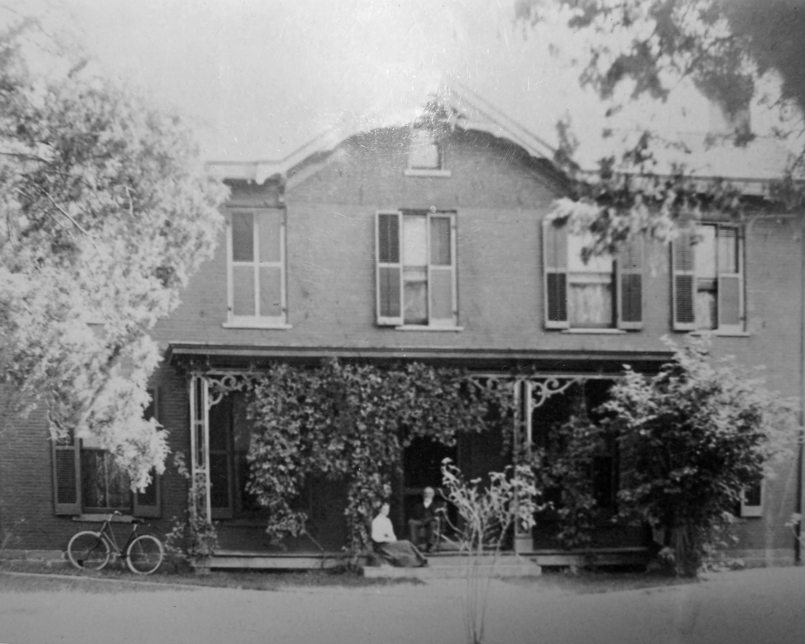 Lathrop-Shannon House