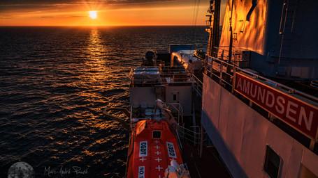 La beauté d'une soirée en mer du Labrador