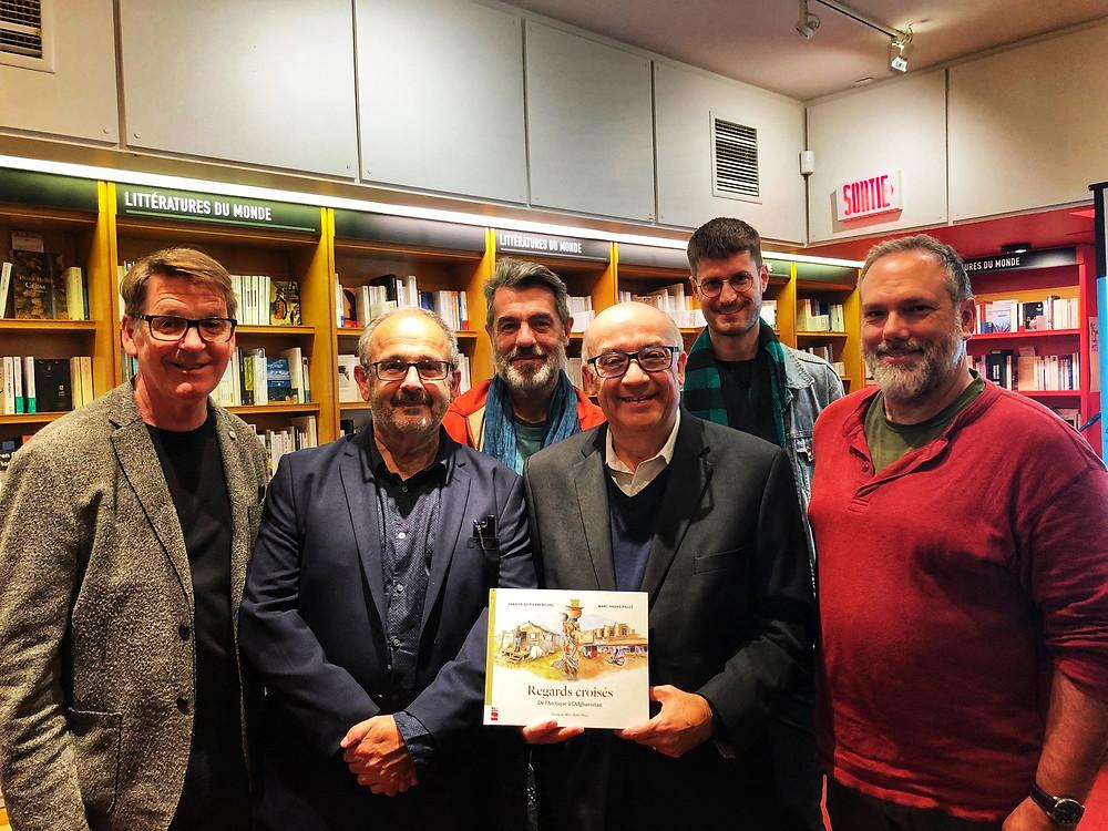 """Lancement du livre """"Regards croisés"""" à la librairie Gallimard de Montréal"""