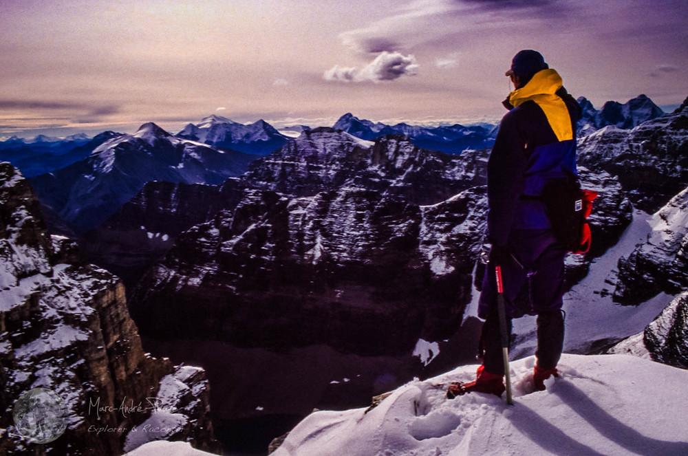 Michel Ducharme sur le mont Lefroy, Rocheuses canadiennes.
