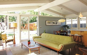 59018a5301188420_5956-w402-h255-b0-p0--midcentury-living-room.jpg