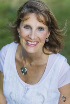 Rebecca Linder Hintze