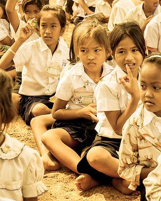 scolarisation-enfants-cambodge-humanitai