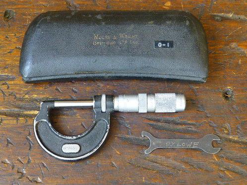 Moore & Wright Micrometer No965y
