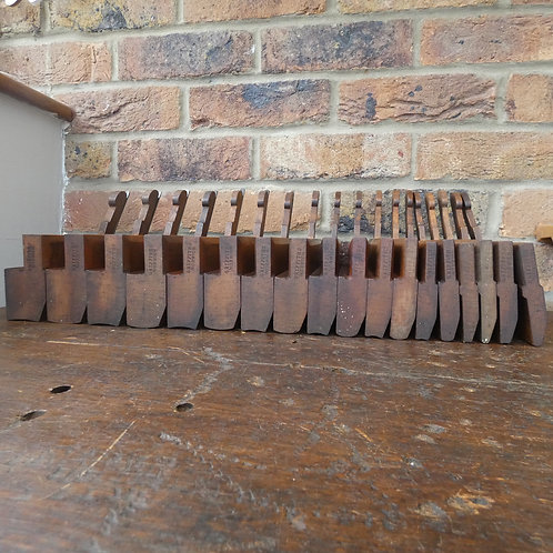 A Fantastic Half Set of Griffiths, Norwich Hollow & Rounds