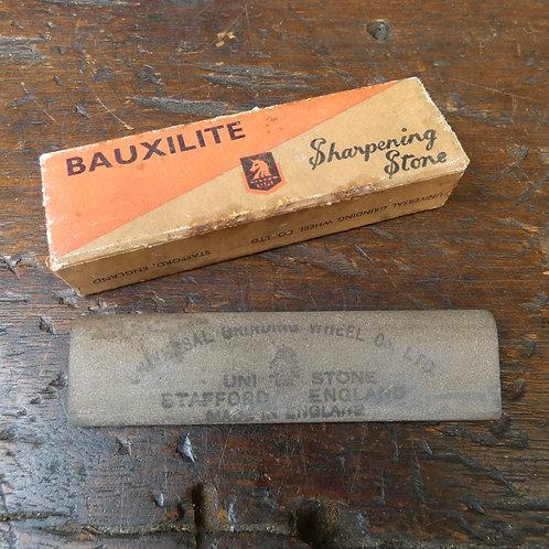 Bauxilite Sharpening Stone - Medium